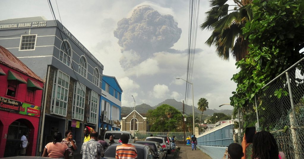 Volcanic eruption in Saint Vincent: - Stein escaped from the volcano: