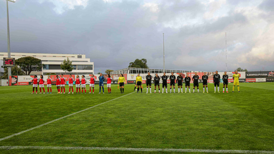 Women's soccer teams from Benfica and Braga
