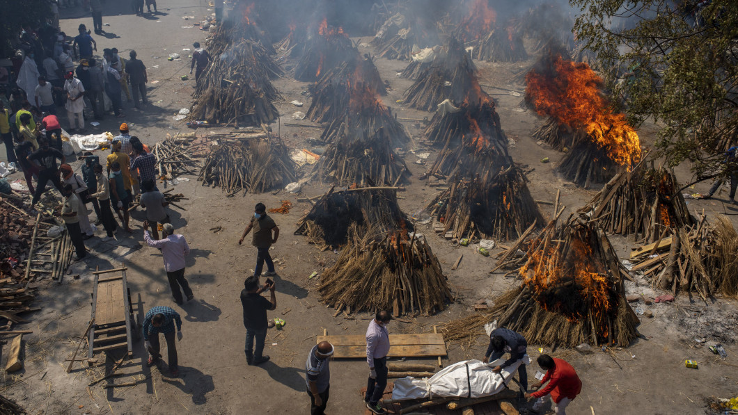 Mass Burial: Perhaps hundreds of thousands of Indians have died as a result of the Coronavirus.
