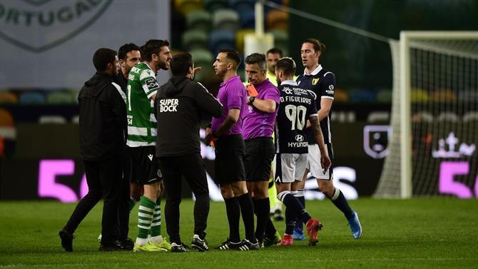 Ball - Peaceful Black Regarding Joao Ballenha and Robin Amorim (Sporting)