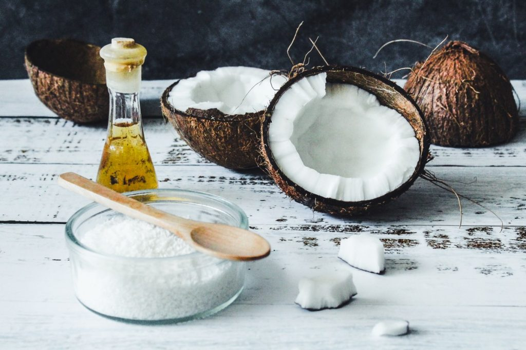 Coconut oil in food: what does the science bring?  |  5 minutes of feeding