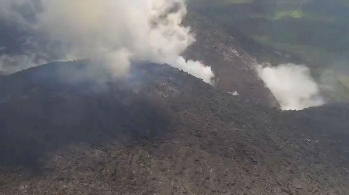 Evacuation of residents from a volcano in the Caribbean region of Saint Vincent