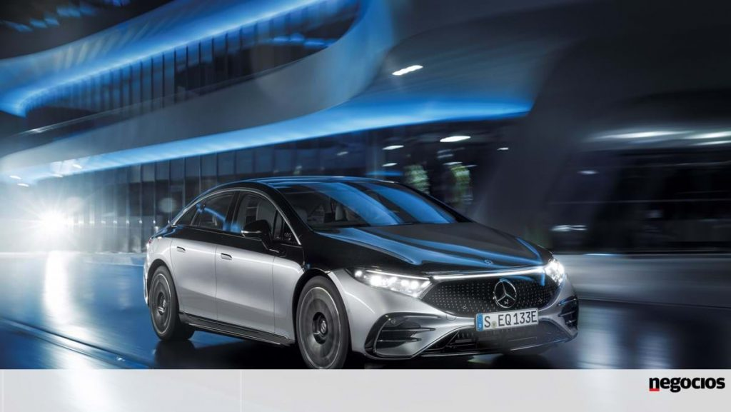 Mercedes-Benz EQS with an electric range of 770 km - car