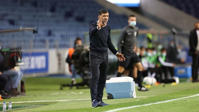 """The ball - Conceicao emphasizes the technique of video assistant referee: """"Everyone who sits in a chair can see perfectly"""" (FC Porto)"""