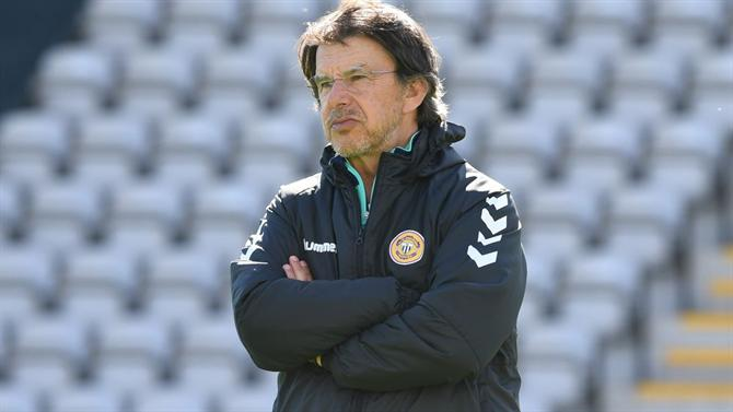 "The ball - ""Not the time to play FC Porto"" (Nacional)"