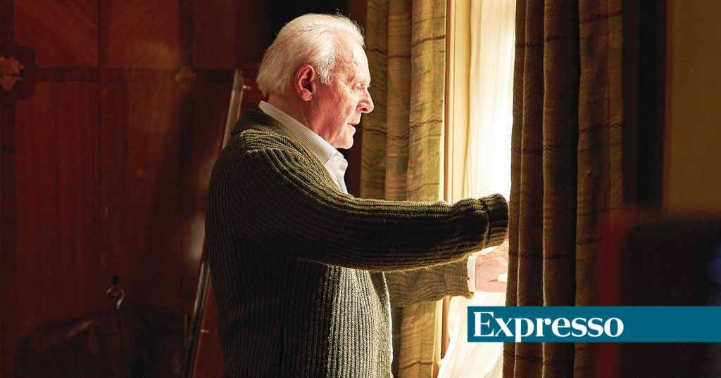 """Anthony Hopkins, Expresso Exclusive: """"We Forget Decadence is Part of Our Existence"""""""