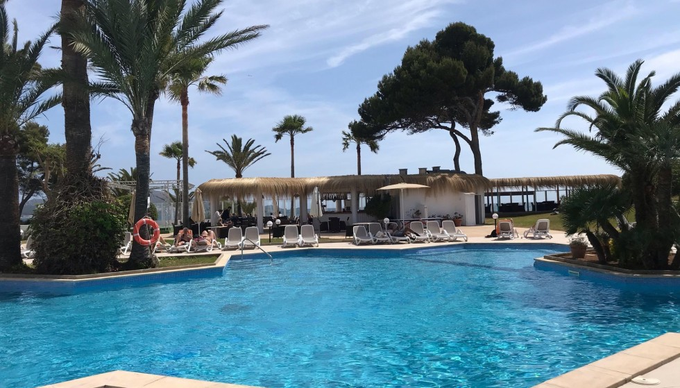 Natural stone free: The first Danish tourists arrived in Mallorca.  When they get home, they release entering quarantine.  Lis Frandsen lives in a hotel with her family in the resort town of Alcudia.  Photo: Private.