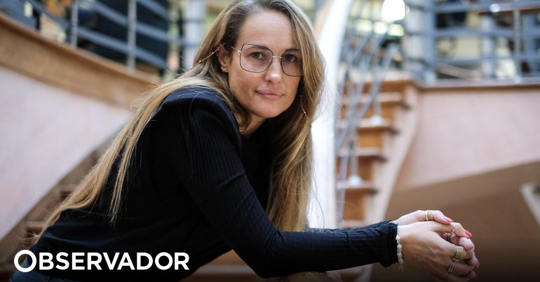 """It is not your fault.  """"Anna Rocha de Souza reveals that she was raped at the age of 17 - Observer"""