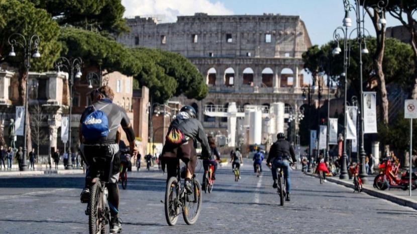 Itália regista 2.949 novos casos, e 44 mortes nas últimas 24 horas
