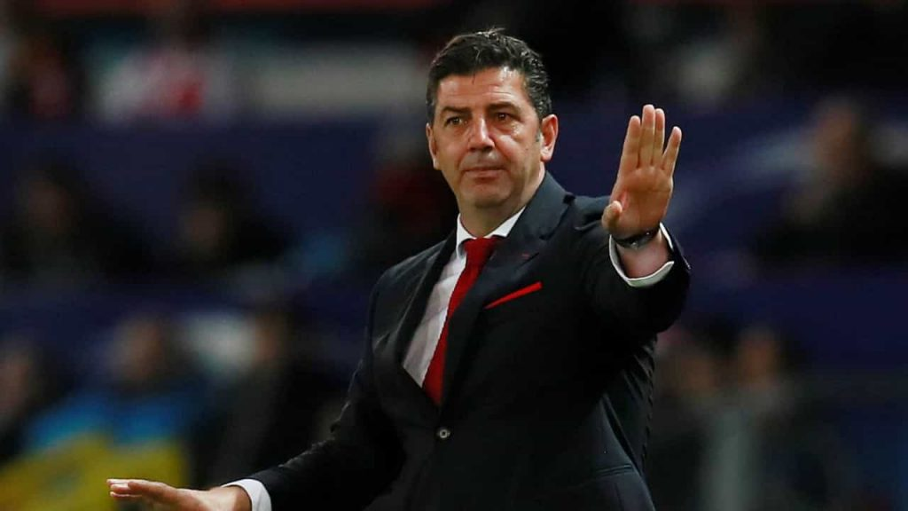 Roy Vitoria wants to take players from Benfica to Russia