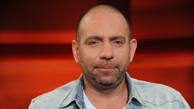 "Singer talks about ""dishonest allotment hunt"": Singer Cancels Ikke Hoftcold Sut 1 Filming - Panorama - Community"