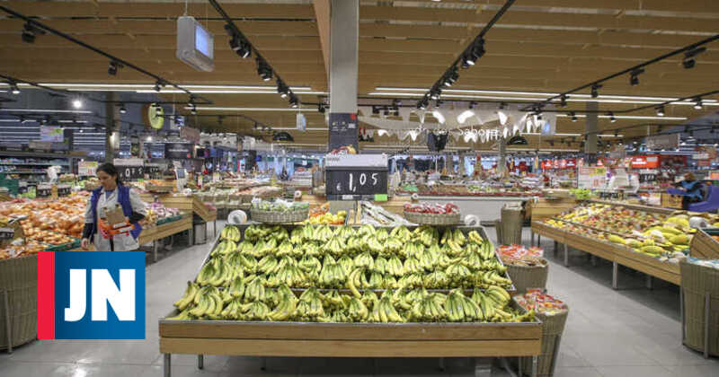 Supermarket and hyper workers mobilized to strike on May 1