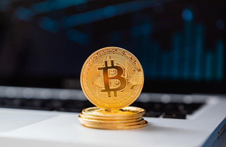 Bitcoin e outras duas criptomoedas vão disparar em breve, diz analista