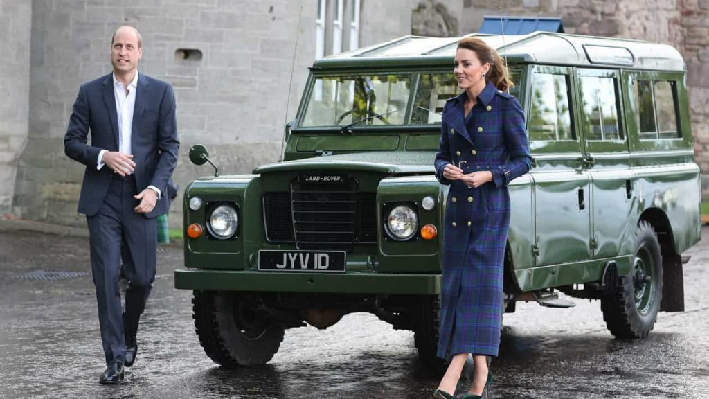 William and Kate Middleton unexpectedly pay tribute to Prince Philip