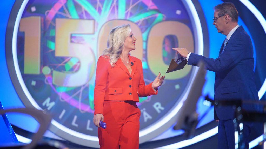 In WWM: Evelyn Burdecki needs a Joker for a five euro question