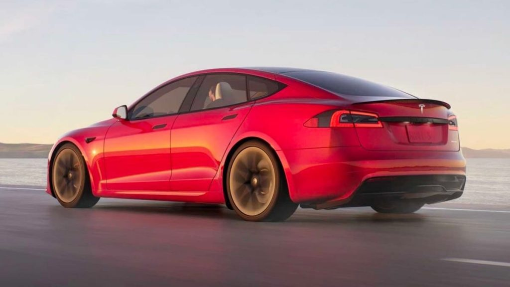 Tesla Model S Plaid covers 400 meters in just 9,247 seconds