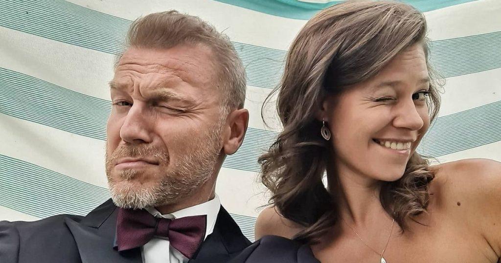 Christian Wicksorek.  The actor of M jak miłość celebrated his 5th wedding anniversary