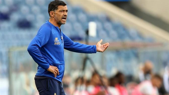 A BOLA - Sérgio Conceição and reinforcements: «I am not a CFO» (FC Porto)
