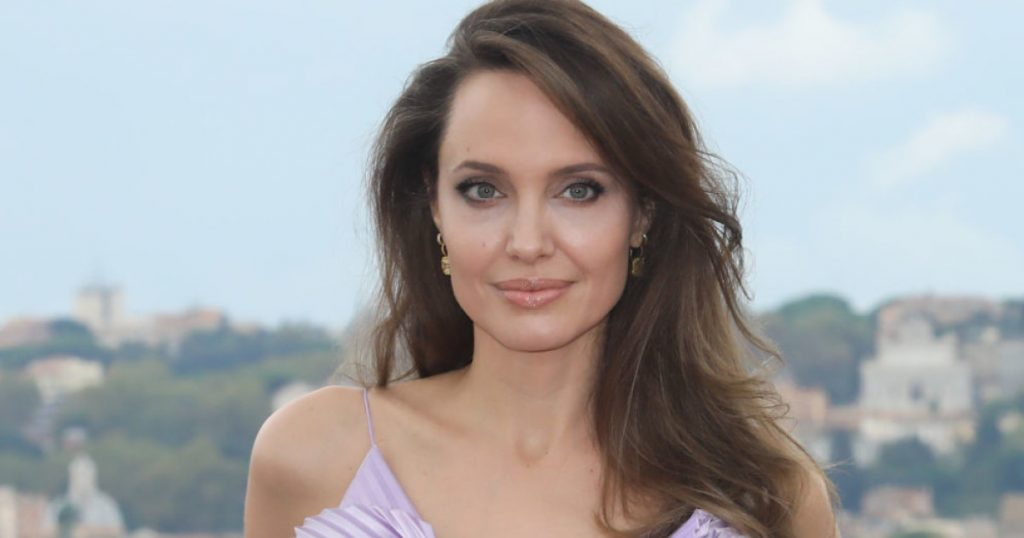 Angelina Jolie: - Influential posts are spreading fast