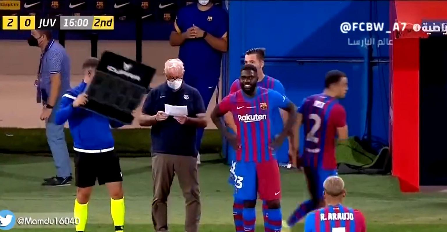 Controversial goal in a friendly against Alex Moreno (Real Betis) and AS Roma.  Source: Twitter