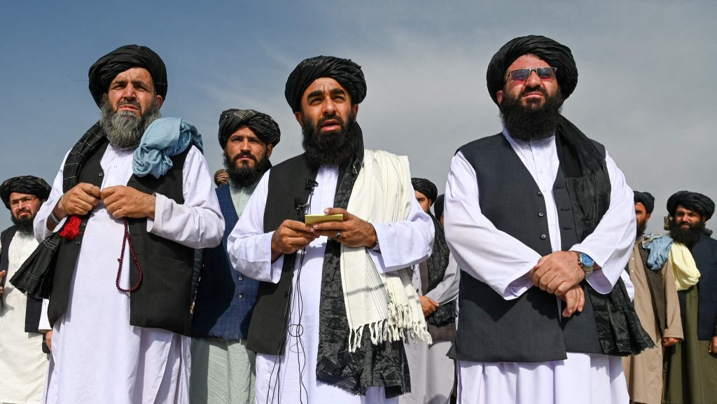 Here's the Taliban at Kabul airport - VG