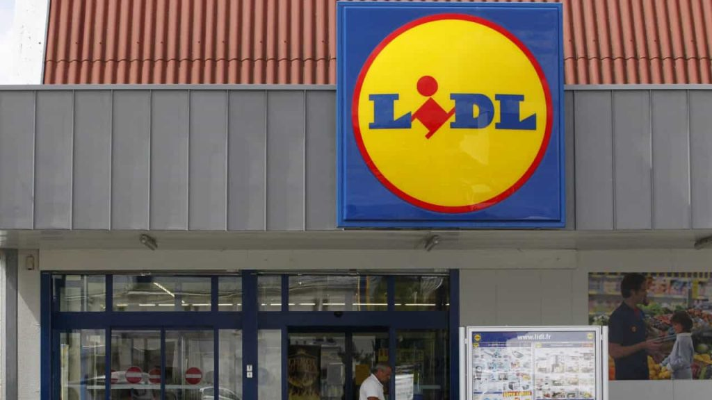 Lidl invests 4.5 million in the chain's first store in the service area