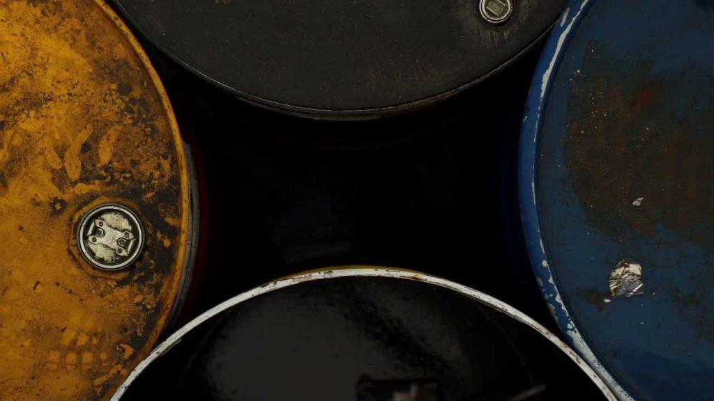Low oil prices weaken Angola's creditworthiness