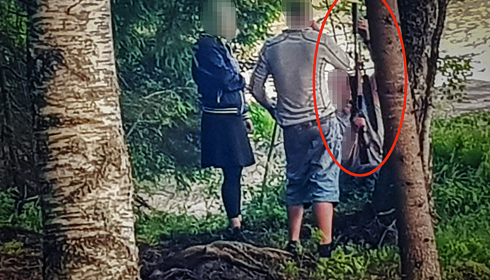 Weapon: One month before Christian Halvorsen was murdered, the 32-year-old accused was photographed with a Mauser rifle on a camping trip.  The police must control this weapon.  Photo: private.