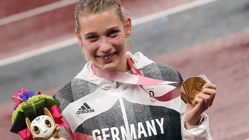 Success in Tokyo: Greifswalderin Lindy Ave holds Paralympics-Gold |  NDR.de - Game