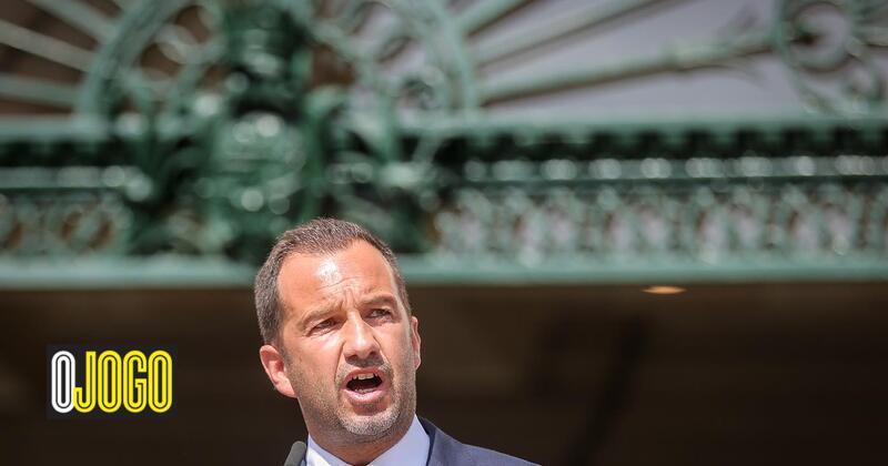 A loss of 32.9 million euros and a bond loan on the horizon