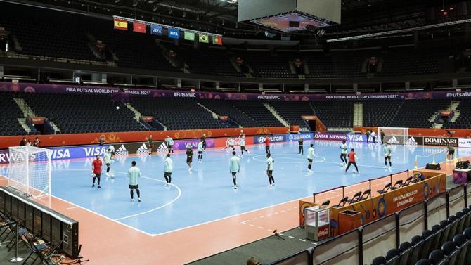 A BOLA - Portugal win Spain (4-2) (futsal)