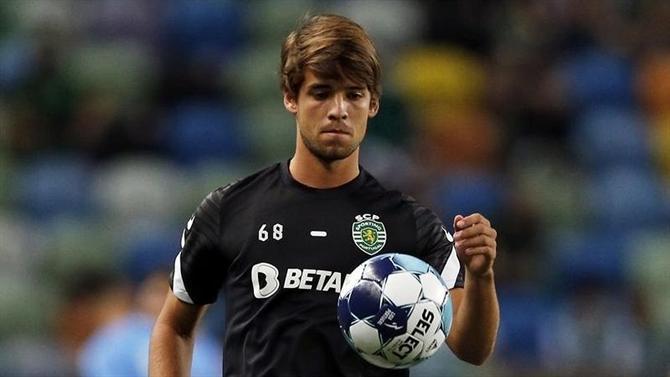 A BOLA - Daniel Bragança's renewal in progress (Sporting)