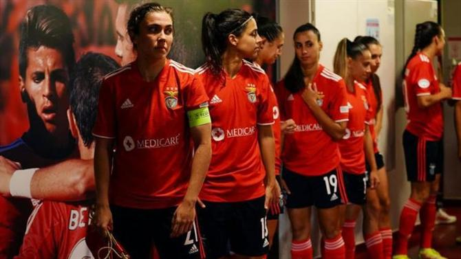 A BOLA - Meeting with Lyon and Benfica Eleven (Women's Football)